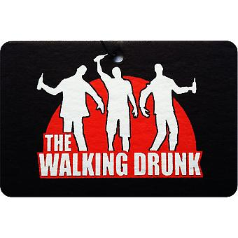 Kävely humalassa auton ilmanraikastustuotteiden