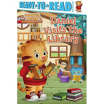 Daniel Visits the Library by Maggie Testa - Jason Fruchter - 97814814