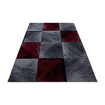 Kort stapelmatta pläd kakel mönster vardagsrum matta grå svart röd fläckig