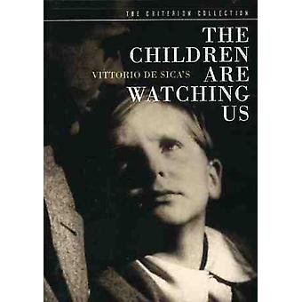 Importer des enfants USA Are Watching Us [DVD]