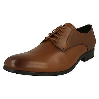 De formele kant van de mens Clarks Up schoenen Gilmore Lace