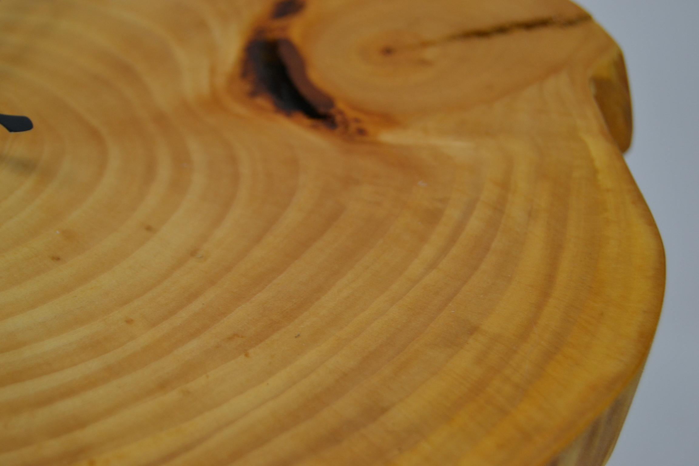 Holz Wanduhr Linde 26x23 cm Uhr Baumscheibenuhr Holzuhr Holzdekoration Holzdeko Deko Geschenk Geschenkidee Unikat handmade Made in Austria