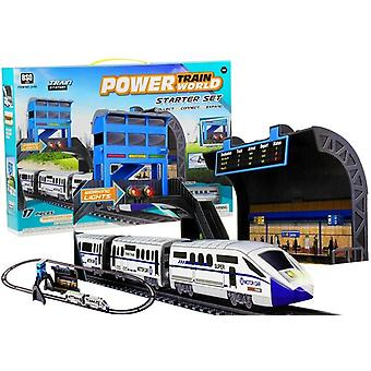 Electric toy train set with 240 cm track, locomotive, station and wagons