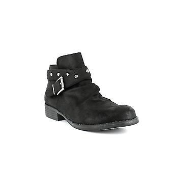 White Mountain | Savant Ankle Boots