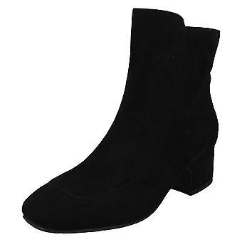Ladies Spot On Mid Heel Ankle Boots F51095
