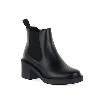 Frau dylan black shoes
