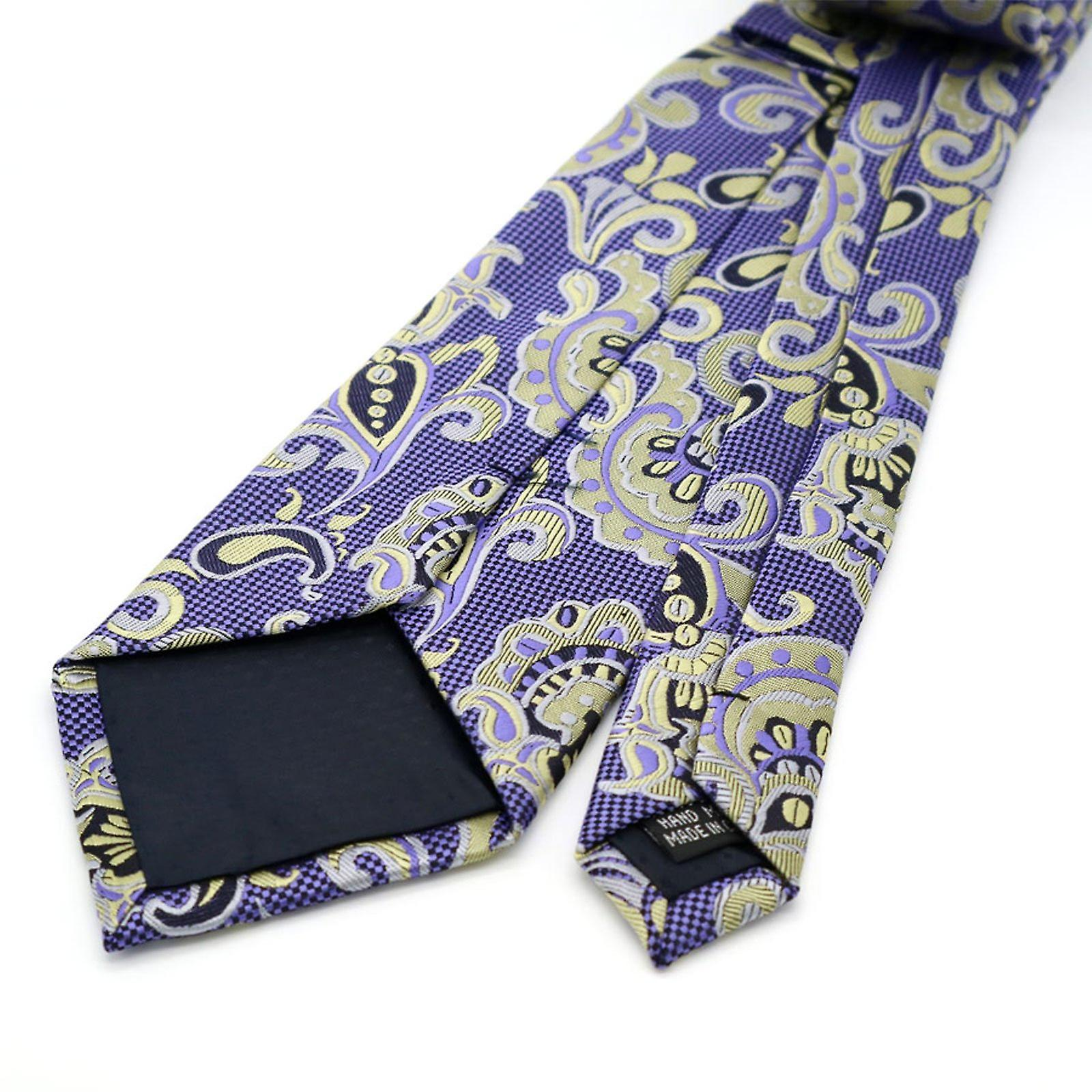Light purple oat & yellow patterned pocket square & tie