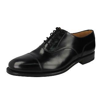 Sapatos de couro polido inteligente de Mens Loake 200B