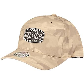 M&N 110 Flexfit Snapback Cap - Boston Celtics khaki camo