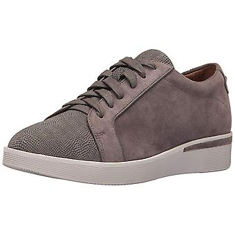 Gentle Souls Womens Haddie Leather Low Top Lace Up Fashion Sneakers
