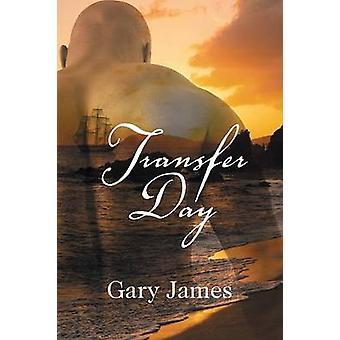 Transfer Day door James & Gary