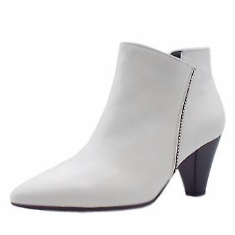 غابور باندا المرأة & ق أحذية الكاحل أزياء في الأبيض
