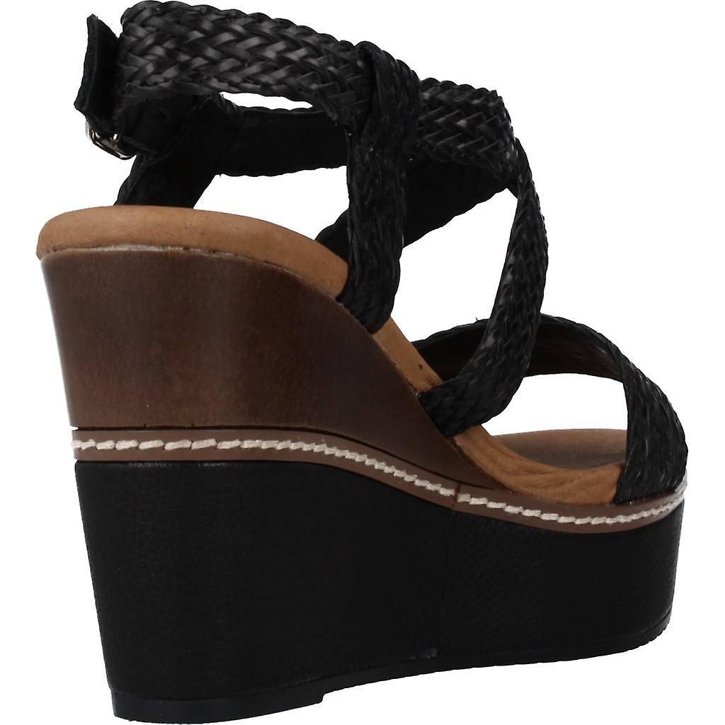 Carmela Sandals 67173c Color Black