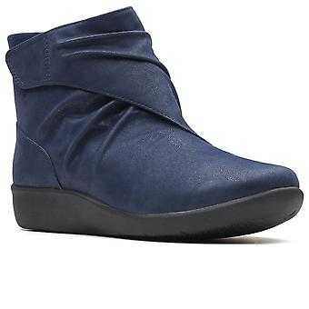 Clarks Sillian Tana Womens wide Fit fotled stövlar