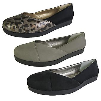 Me Too Womens Bridget Platform Flat Shoe