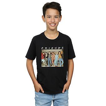 Grupo de rapazes amigos foto escadas t-shirt