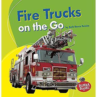 Fire Trucks on the Go by Beth Bence Reinke - 9781541511125 Book