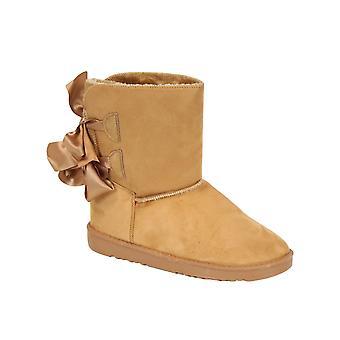 Women's stuffed boots