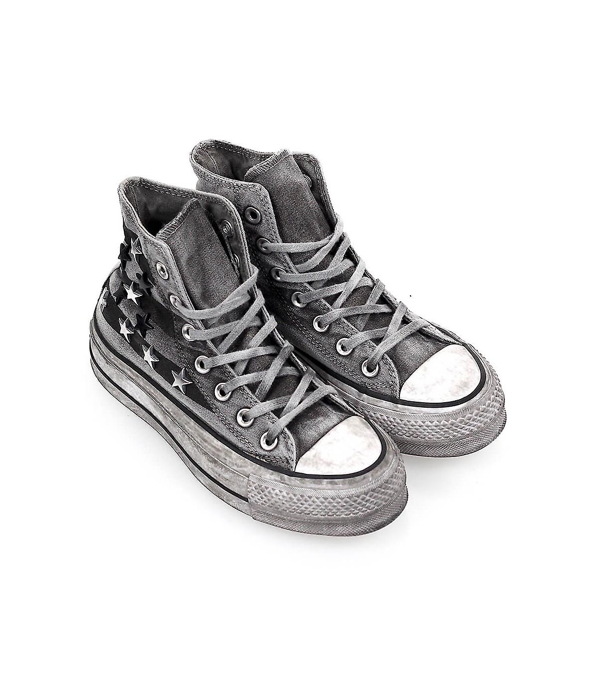 Converse Vintage Star Studs Chuck Taylor All Sneaker