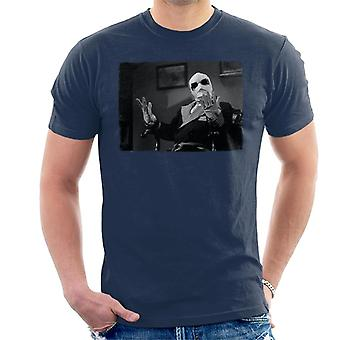 The Invisible Man Hands Up Men's T-Shirt