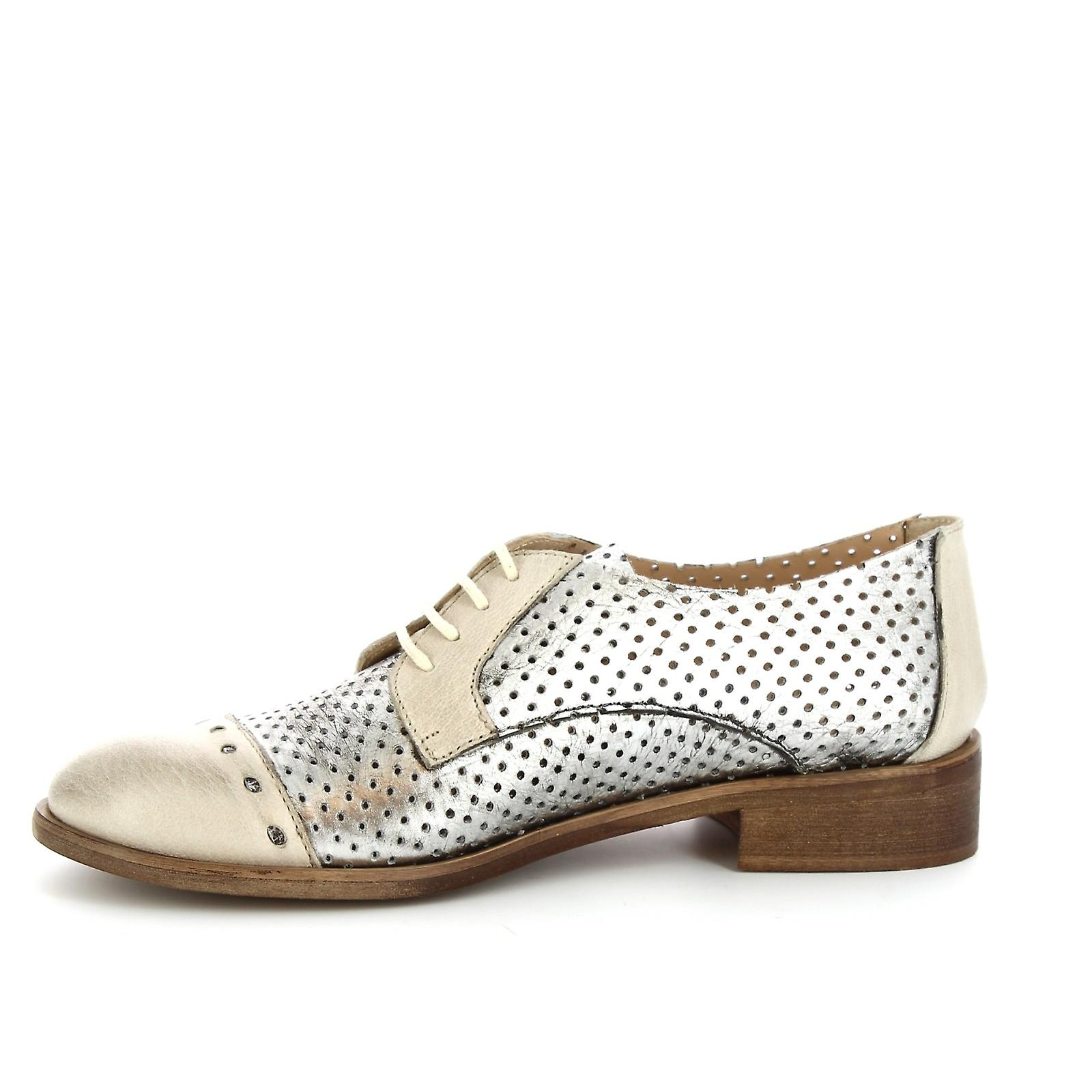Leonardo Shoes Women's handmade oxford shoes in silver openwork calf leather
