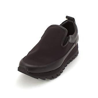 DKNY Damen Analise Leder niedrigen Top Slip-On Fashion Sneaker