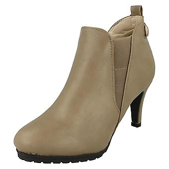 Ladies Spot On Ankle Boots F5965