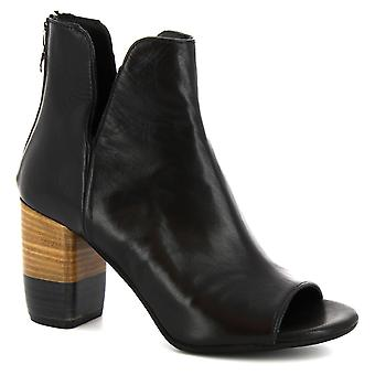 Leonardo Shoes Women's handmade open-toe heeled ankle boots in black leather