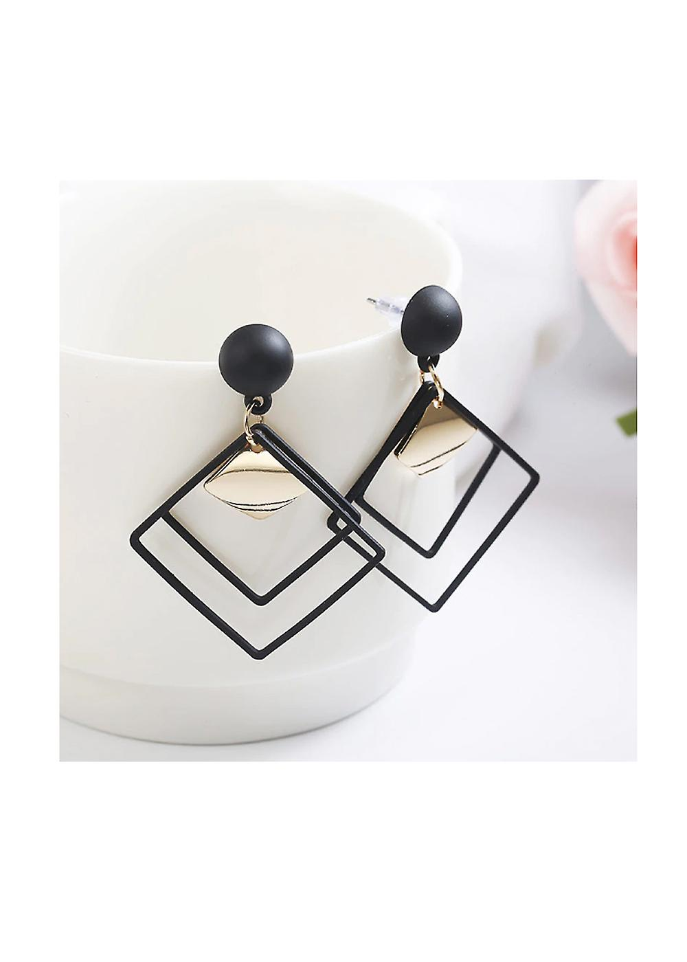 Gold and Black Earnings - Classic Design