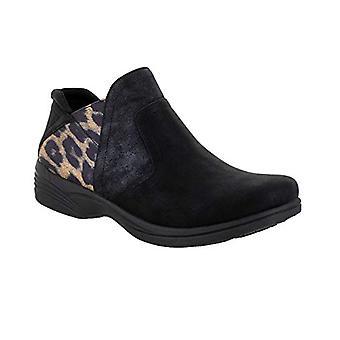 Easy Street Women's Dankbaar Boot