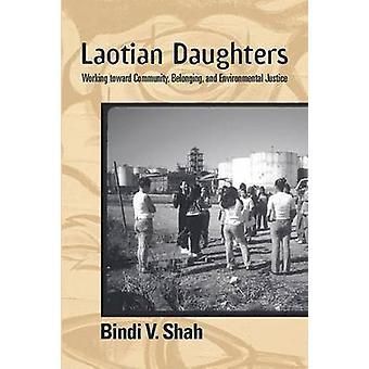 Laotische Töchter - Gemeinschaft - Zugehörigkeit - hinarbeiten und um-