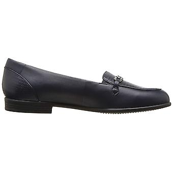 Trotters Womens Anastasia Closed Toe Loafers