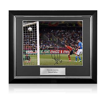 ديفيد سيلفا وقعت اسبانيا الصورة: يورو 2012. إطار ديلوكس