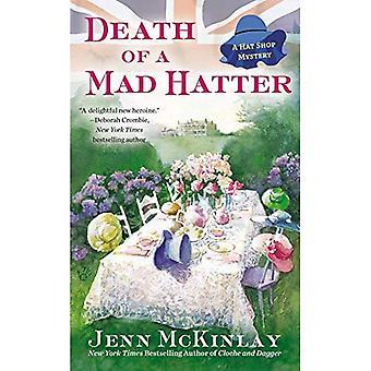 Tod von Mad Hatter (Hut Shop Mysteries)