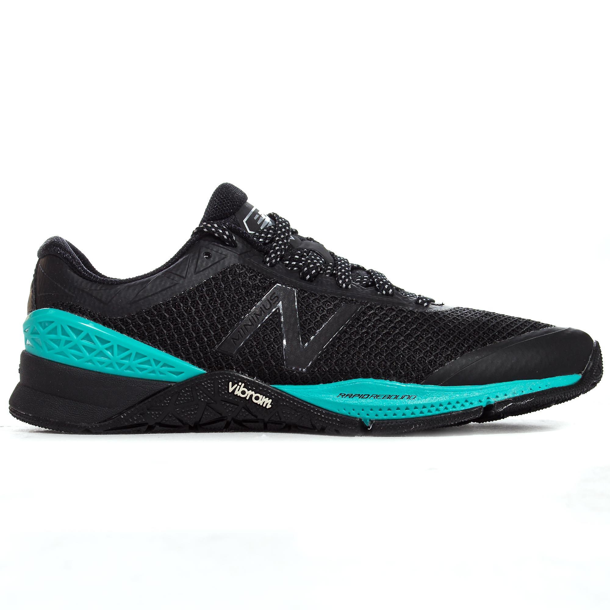 New Balance Minimus 40 Womens Training Fitness Trainer Shoe Black/Blue