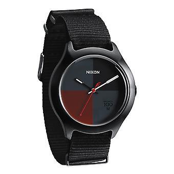 Nixon il Quad tutti i Nylon nero / scuro rosso Uhr (A344167)