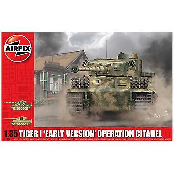 Tiger-1初期バージョン - シタデル作戦 1:35 タンクエアフィックスモデルキット