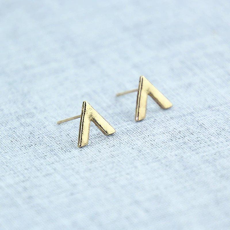 """Simple """"V"""" Shaped Gold Studs"""
