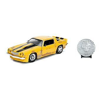 Transformers Bumblebee 1977 Chevy Camaro Die-cast Vehicle with Collector Coin, Scale 1:24