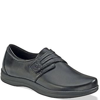 Apex Womens Linda Leather Low Top   Walking Shoes