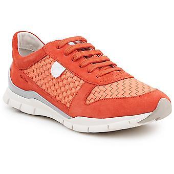 Geox D Sukie D52F2A022ZIC7012 universal naisten kengät