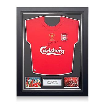 スティーブン・ジェラードはリバプール・チャンピオンズリーグのシャツ2005にサインした。標準フレーム