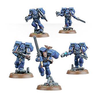 Warhammer 40.000 Space Marines Assault Squad
