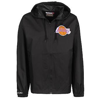 Mitchell & Ness LA Lakers joukkueen kapteeni Windbreaker Takki LALBLCK