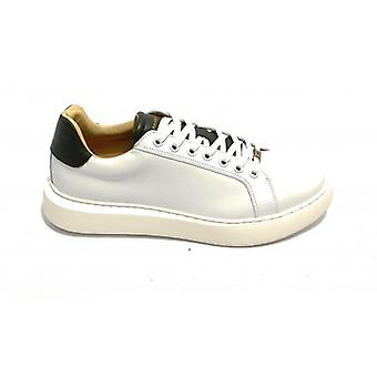 Men's Shoe Ambitious Sneaker 8320 Leather Color White/ Green U21am07