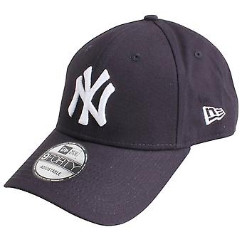 New Era 9FORTY Essential New York Yankees Cap - Navy