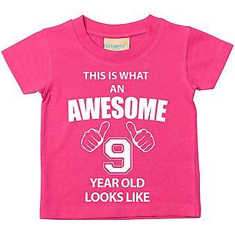 זה מה מדהים 9 בן נראה כמו חולצת טי ורוד