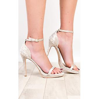IKRUSH Womens Aleah Crushed Velvet Barely There Heels