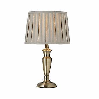 Latón antiguo de la lámpara de mesa