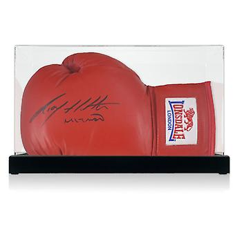 Ricky Hatton signiert Red Boxing Handschuh in Vitrine